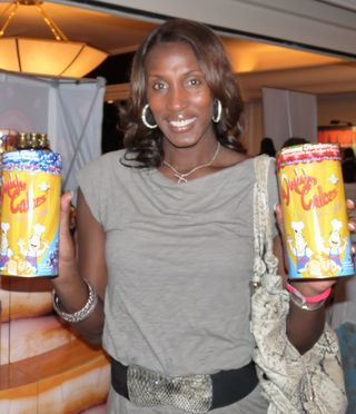 WNBA Lisa Leslie with Daddy Cakes