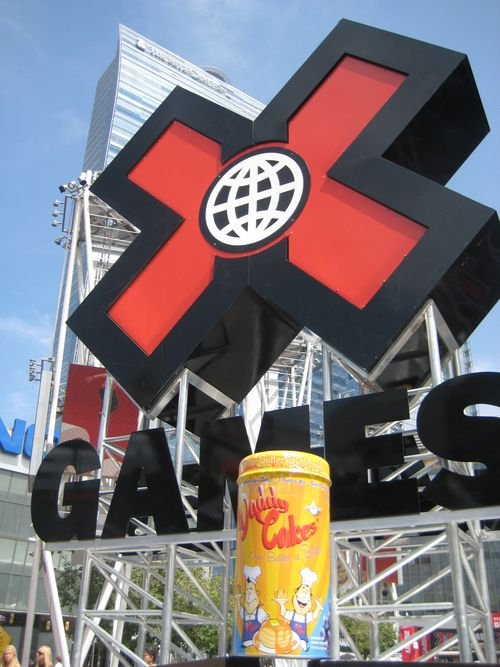 X GAMES - PAUL FRANK - DADDY CAKES (66)